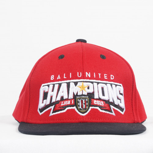 The Champions Snap In Red
